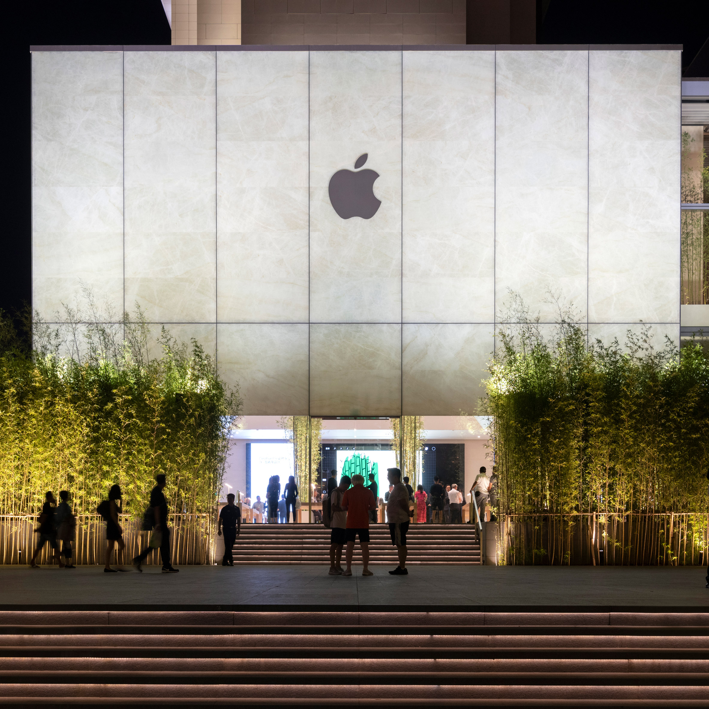 cua-hang-apple-foster-partners