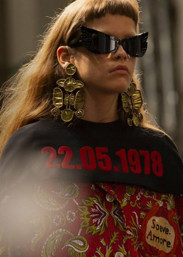 gucci-declares-my-body-my-choice-cruise-2020-collection-rome-italy-designboom-4