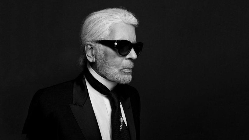 karl-lagerfeld-chanel-show-dien-thoi-trang