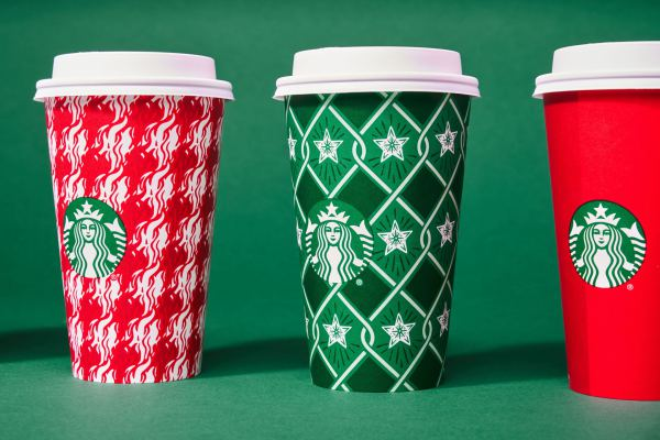 starbucks-ra-mat-holiday-cup-cua-nam-2018-02