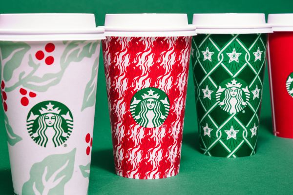 starbucks-ra-mat-holiday-cup-cua-nam-2018-03