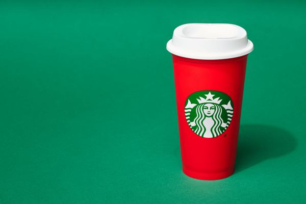 starbucks-ra-mat-holiday-cup-cua-nam-2018-08