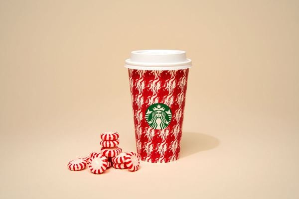 starbucks-ra-mat-holiday-cup-cua-nam-2018-09