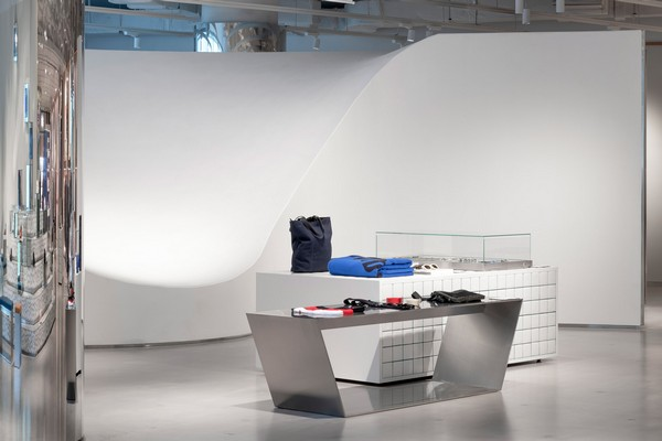 assemble-reel-shanghai-shops-kokaistudios-china-interiors-retail_dezeen_2364_col_12-4