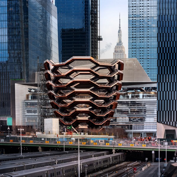 vessel-heatherwick-studio-architecture-hudson-yards-new-york-city-us_dezeen_2364_sq2-2