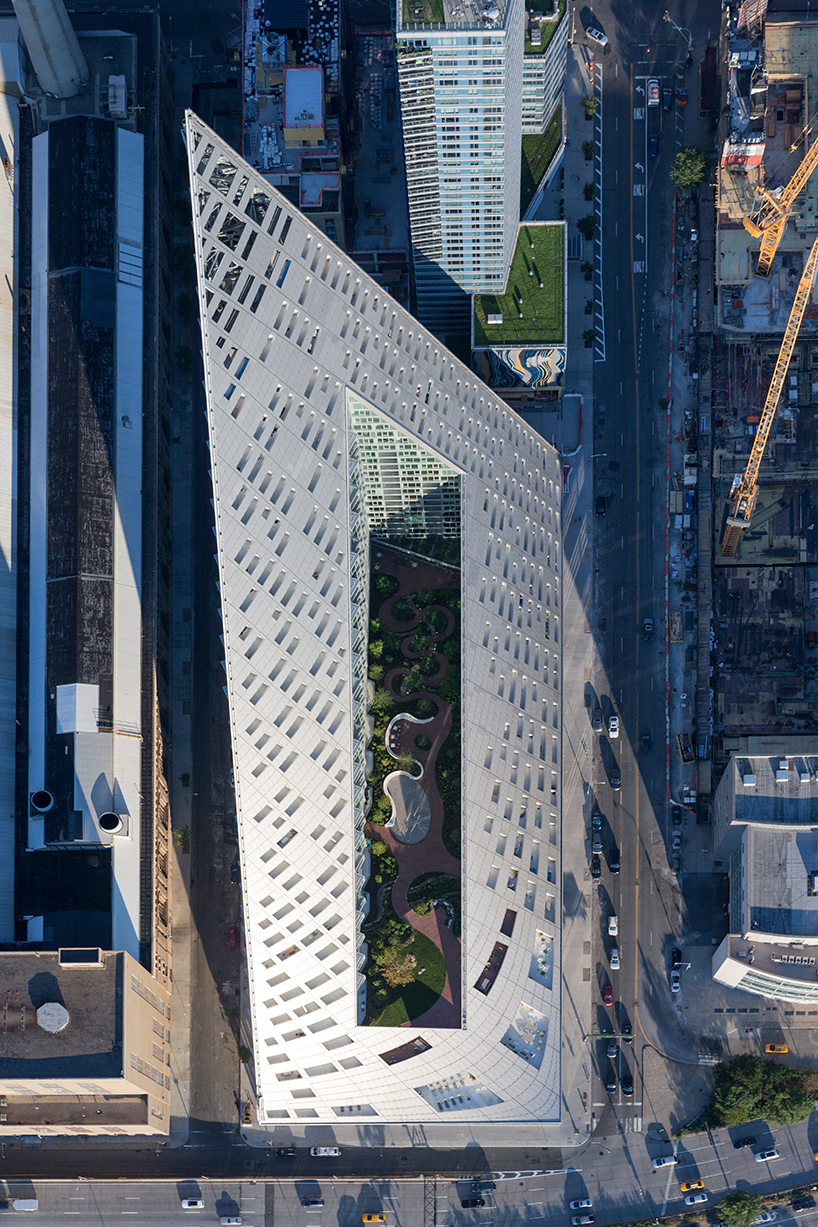 bjarke-ingels-group-BIG-via-57-west-courtscraper-new-york-iwan-baan-designboom-03
